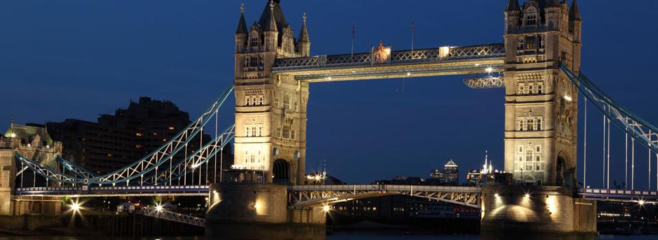 tower-bridge-at-night-11281016375NT0H